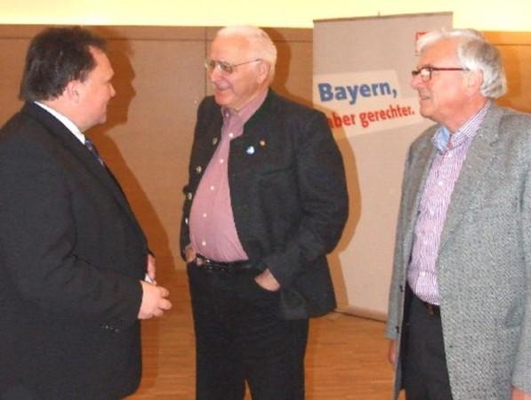 Beitragsbild Reform notwendig -  Vortrag zum Thema Verfassungsschutz