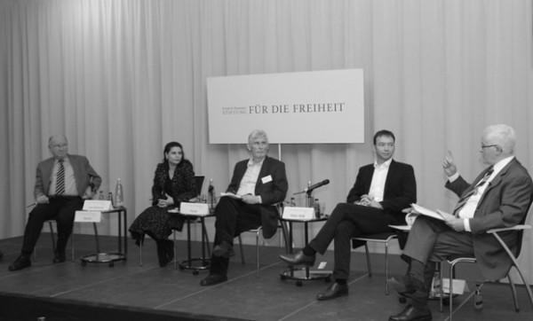Beitragsbild Die Privilegien der Kirchen und das Grundgesetz - Auftaktdiskussion der 4. Berliner Gespräche
