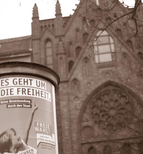 Beitragsbild Gott bleibt an Berliner Schulen fakultativ