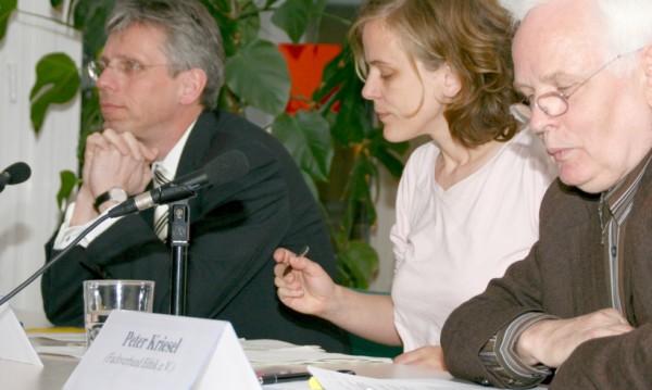 """Wahlfreiheit statt Wahlzwang. Humanistische Union Berlin-Brandenburg unterstützt Initiative """"Pro Ethik"""""""